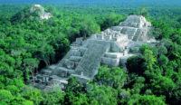 Gran pirámide de Calakmul