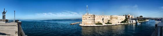 Castillo Aragonés Taranto